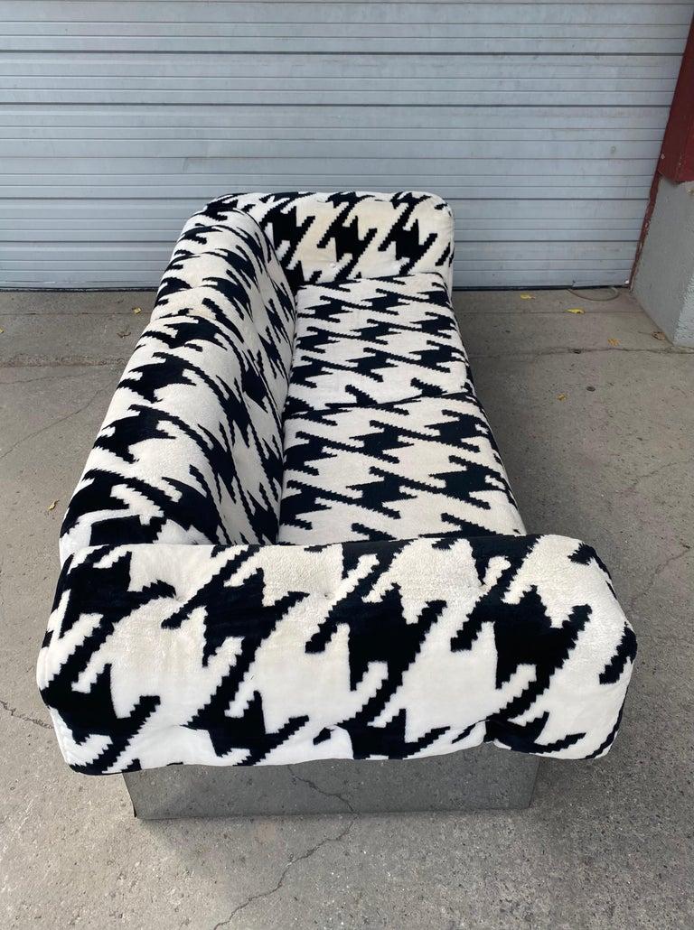 POP Modernist Button Tufted Sofa by Milo Baughman for Thayer Coggin Chrome Wrap For Sale 2