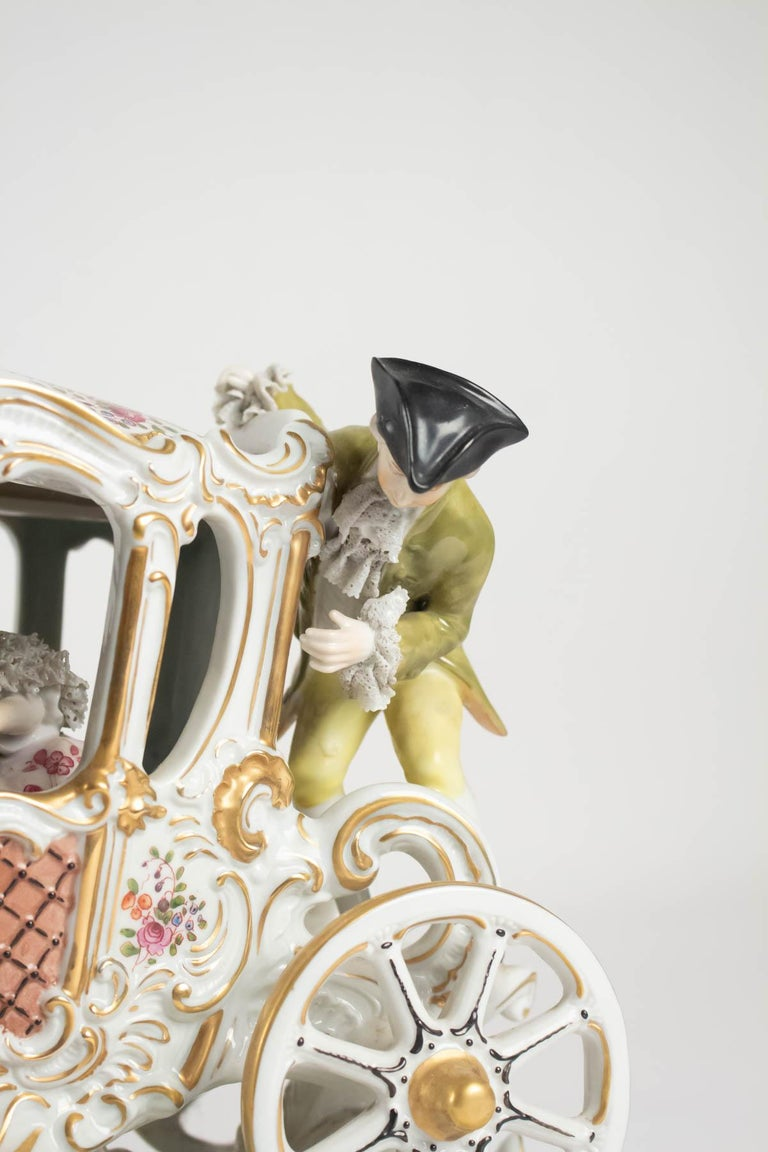 Porcelain Carriage, Brand below, German Porcelain In Good Condition For Sale In Saint-Ouen, FR