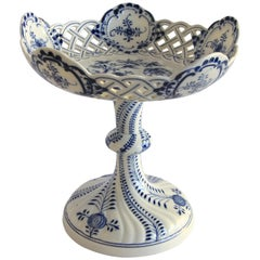 Porcelain Centerpiece Blue Onion Pattern by Meissen, Germany, circa 1880