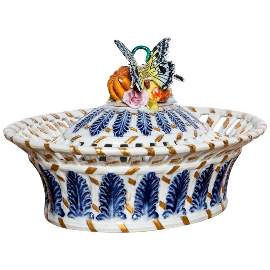 Porcelain Box Signed Sèvres, France, Late 19th Century