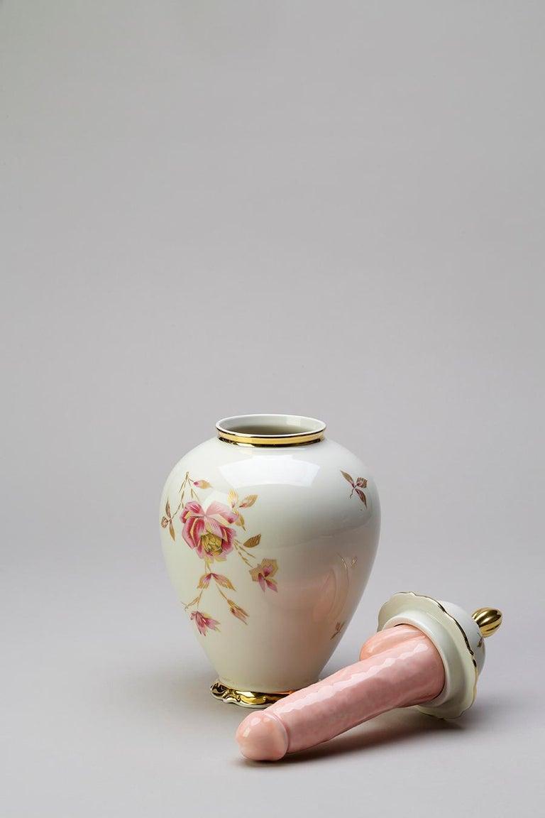 Italian Porcelain & Ceramic Sculptural Vase Italy Contemporary, 21st Century For Sale