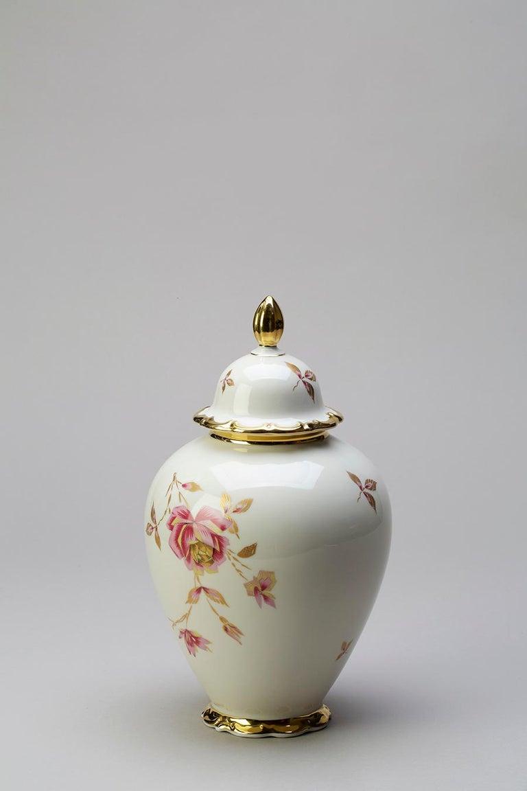 Porcelain & Ceramic Sculptural Vase Italy Contemporary, 21st Century For Sale 2