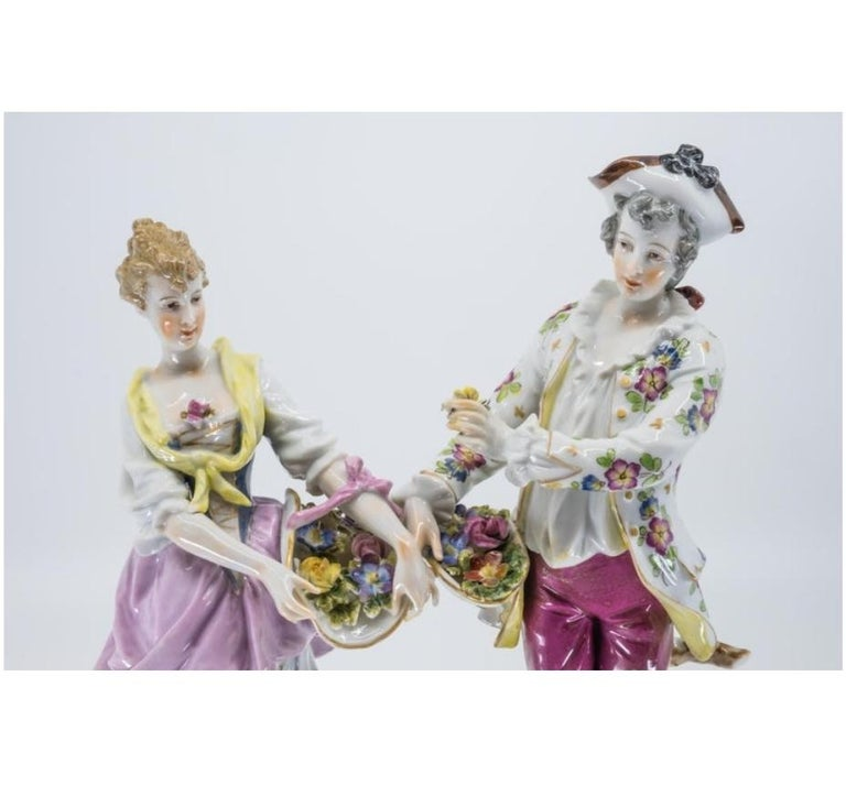Porcelain Figure of a Couple, Hand Painted, Hochst, German, 19th Century For Sale 4