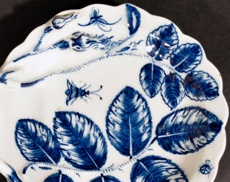 English Porcelain First Period Worcester Underglaze Blue Blind Earl Leaf Sweetmeat Dish For Sale