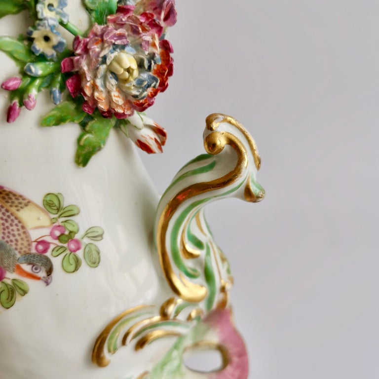 Porcelain Frill Vase in 18thC Chelsea Style Attr. to Edmé Samson, Rococo 19thC For Sale 1