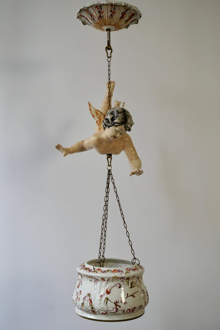 Porcelain Hanging Planter/Jardinière with Winged Putti For Sale 1