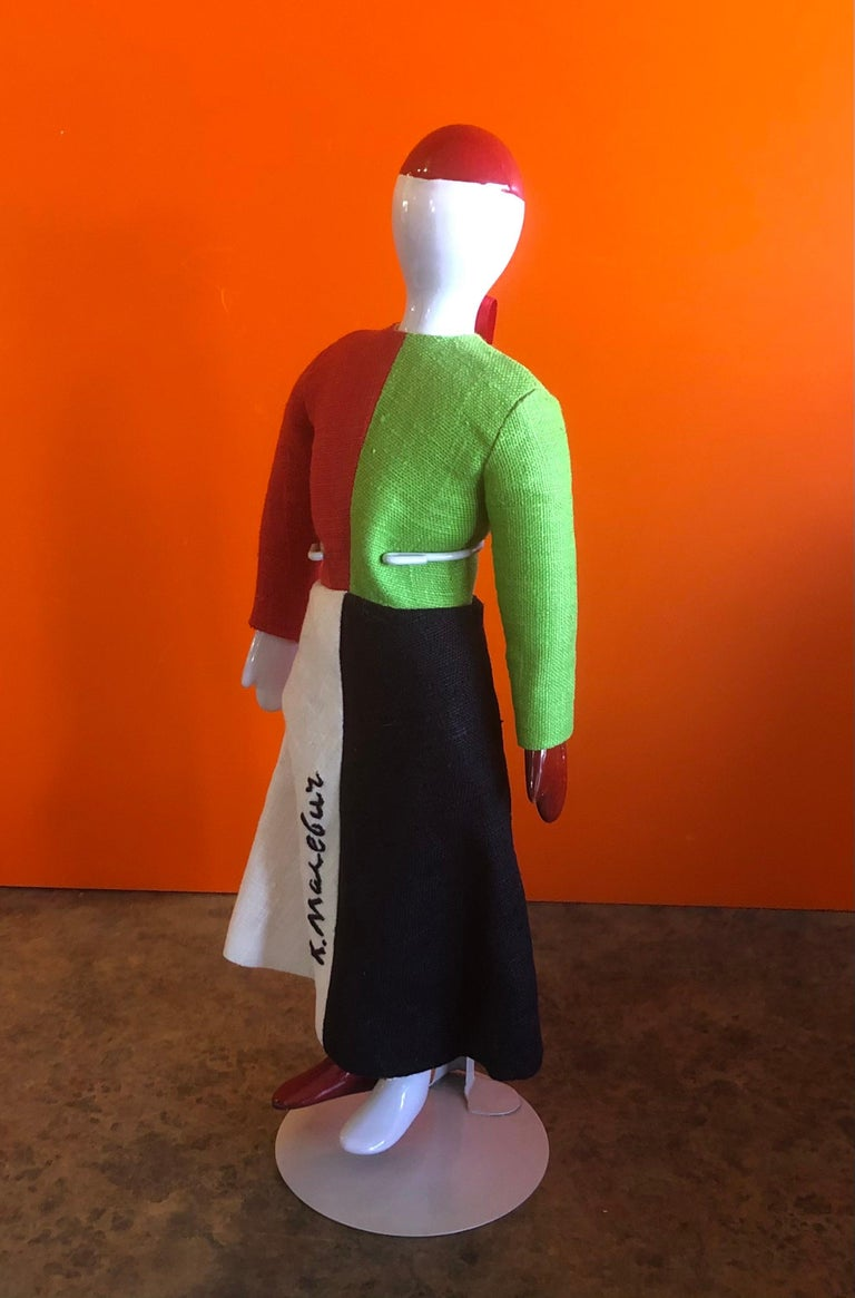 Porcelain and Linen Russian Avante Garde Doll with Stand by Kazimir Malevich In Good Condition For Sale In San Diego, CA