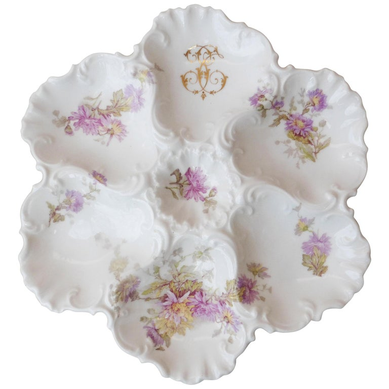 Porcelain Oyster Plate Limoges, circa 1920 For Sale