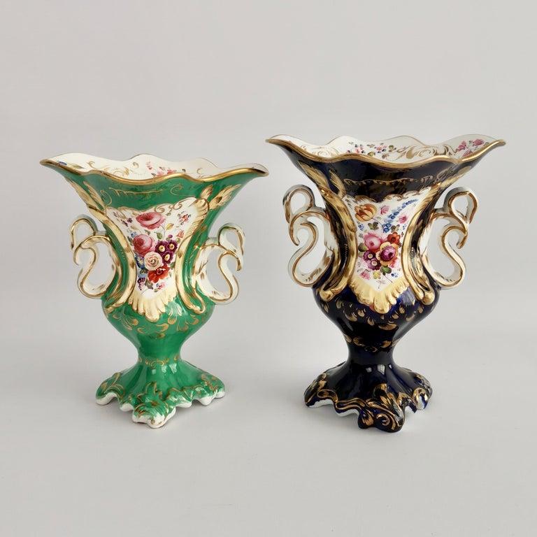 Porcelain Vase Samuel Alcock, Cobalt Blue, Swan Handles, Rococo Revival For Sale 9