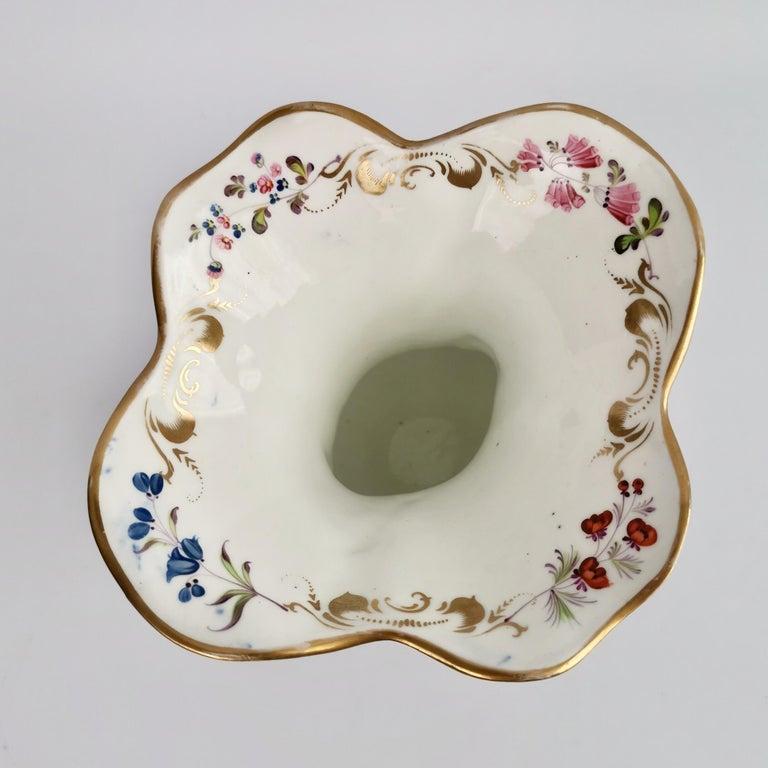 Porcelain Vase Samuel Alcock, Cobalt Blue, Swan Handles, Rococo Revival For Sale 4