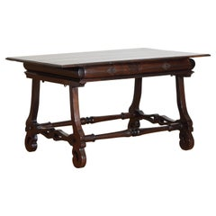 Portuguese Late Baroque Rosewood 2-Drawer Center Table or Desk, 18th Century