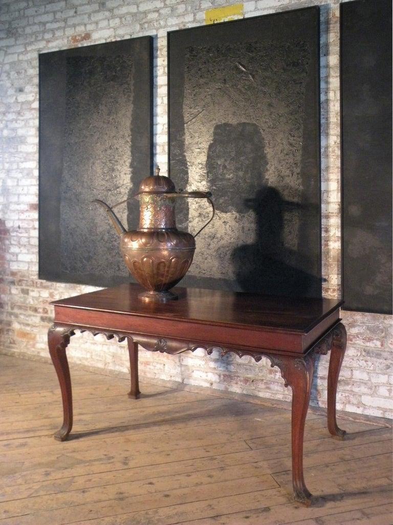Portuguese Rococo 18th Century Mahogany Console Table / Side Table For Sale 1