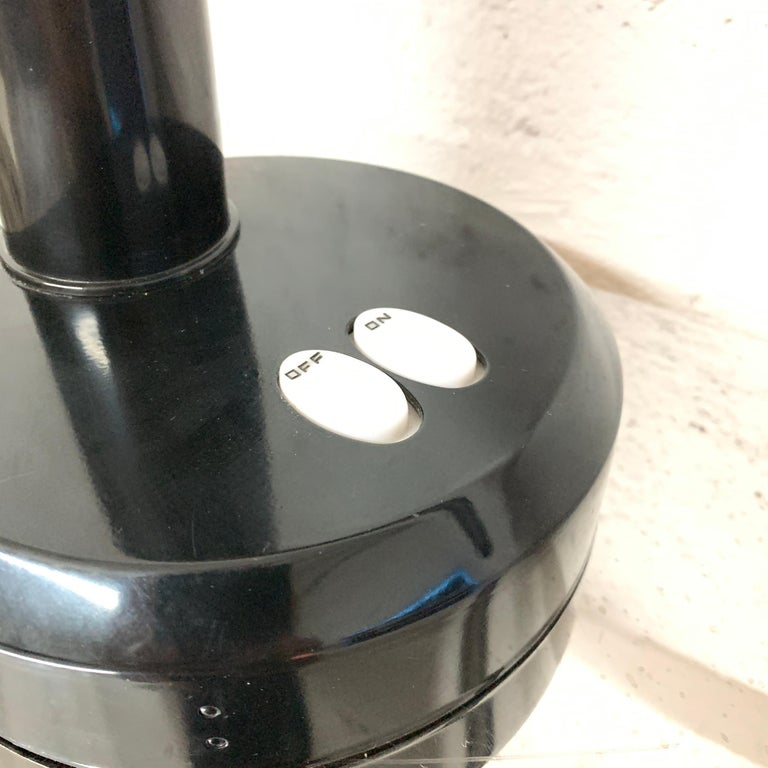 Metal Postmodern Black Gooseneck Desk Lamp, Italy For Sale