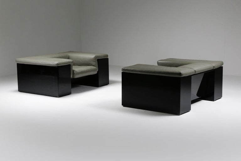 Italian Post-Modern Cini Boeri 'Brigadier' Lounge Chairs in Elephant Grey Leather For Sale