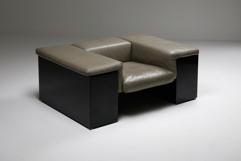 Post-Modern Cini Boeri 'Brigadier' Lounge Chairs in Elephant Grey Leather For Sale 4