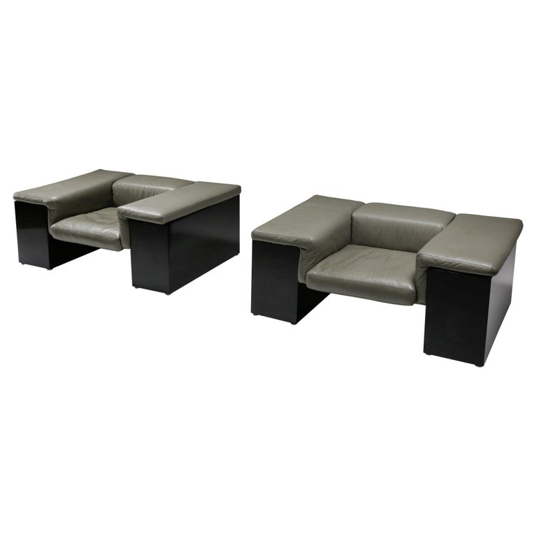 Post-Modern Cini Boeri 'Brigadier' Lounge Chairs in Elephant Grey Leather For Sale