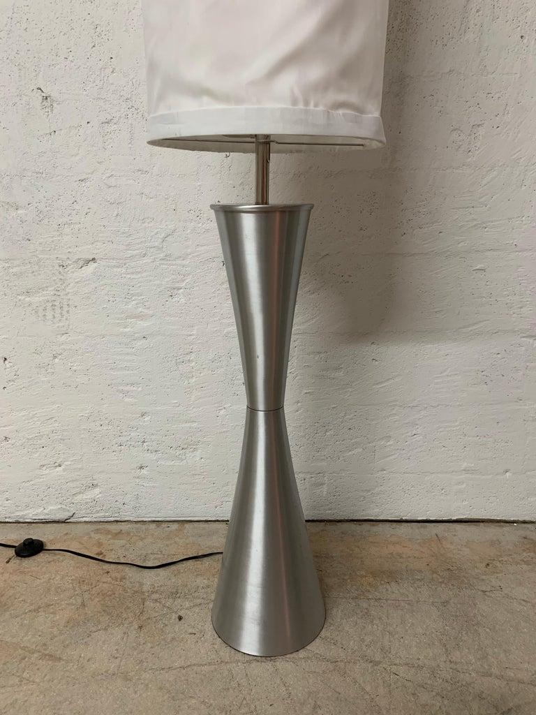 American Postmodern Geometric Sculptural Aluminum Floor Lamp, USA, 1980s For Sale
