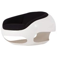 Postmodern Mario Sabot Sculptural 'Pod' Fiberglass Lounge Chair