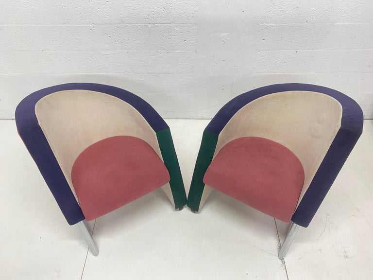 Post Modern Opposing Club Chairs with Tubular Chrome Bases by Westnofa, a Pair For Sale 4