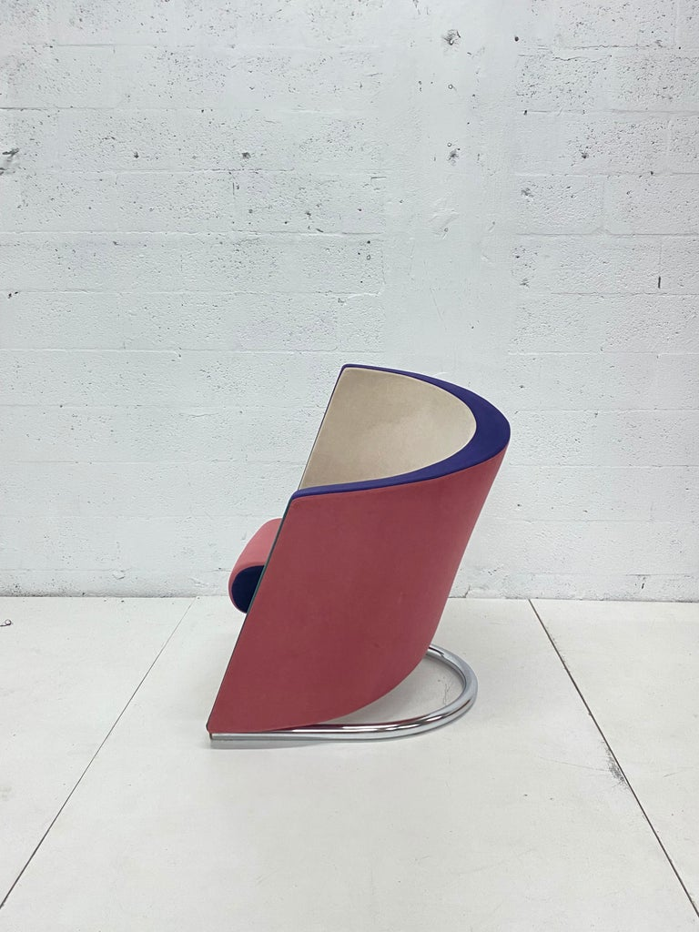 Post-Modern Post Modern Opposing Club Chairs with Tubular Chrome Bases by Westnofa, a Pair For Sale