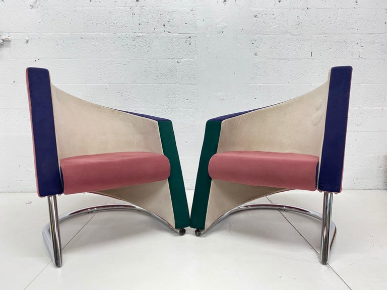 Post Modern Opposing Club Chairs with Tubular Chrome Bases by Westnofa, a Pair For Sale 2