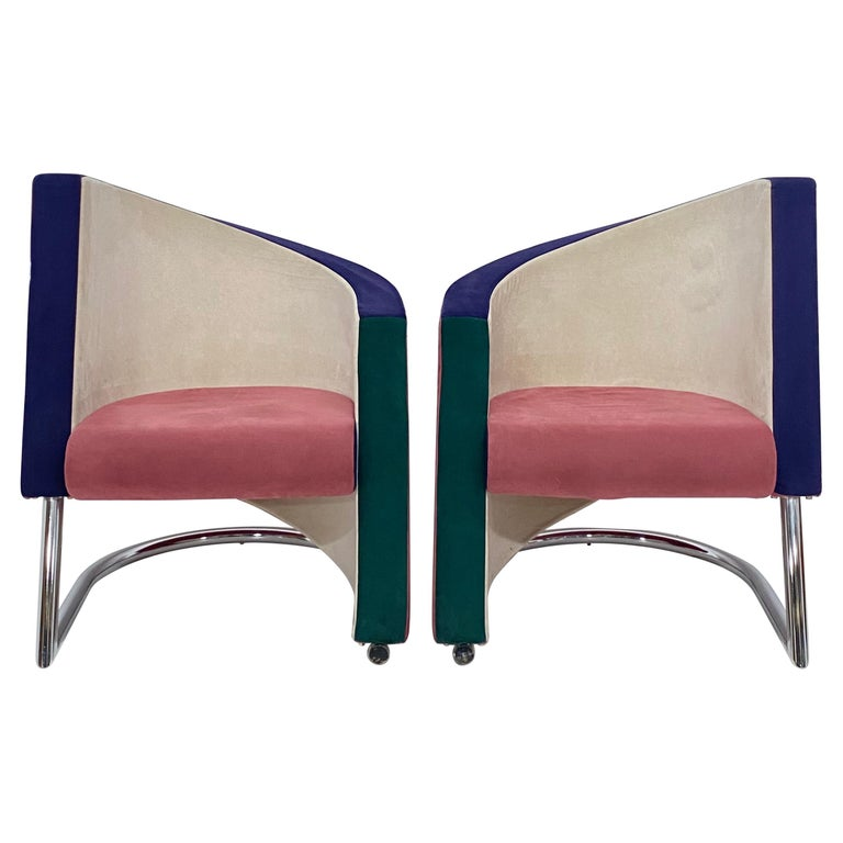 Post Modern Opposing Club Chairs with Tubular Chrome Bases by Westnofa, a Pair For Sale