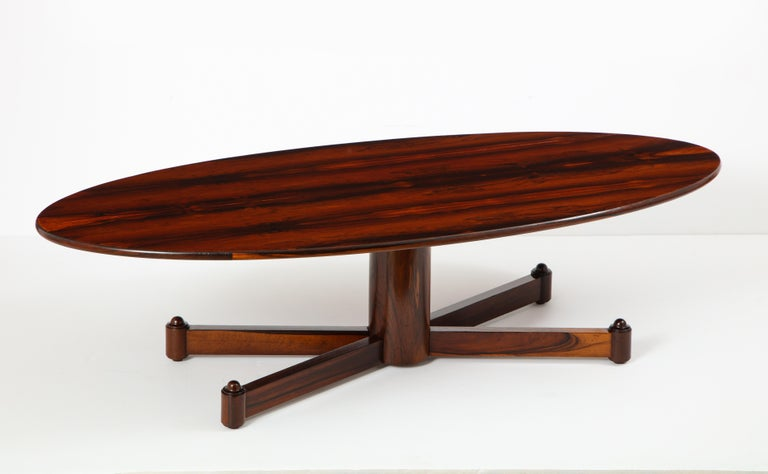 Varnished Brazilian Mid-Century Modern Oval Coffee Table, 1950s For Sale