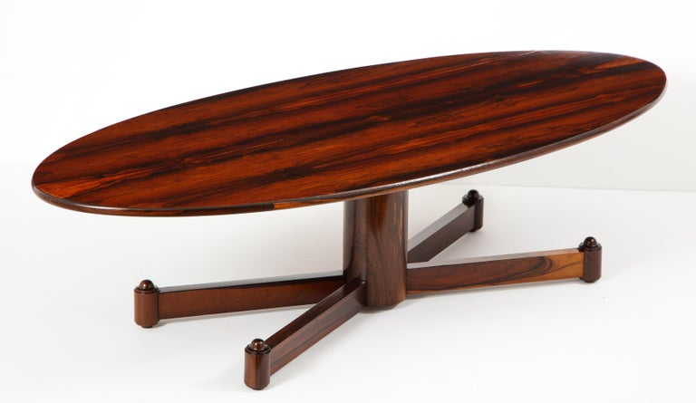 Brazilian Mid-Century Modern Oval Coffee Table, 1950s For Sale 2