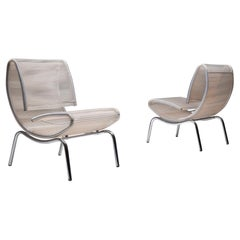 Post-Modern Pair of Easy Chairs in Chrome and Plastic Wire
