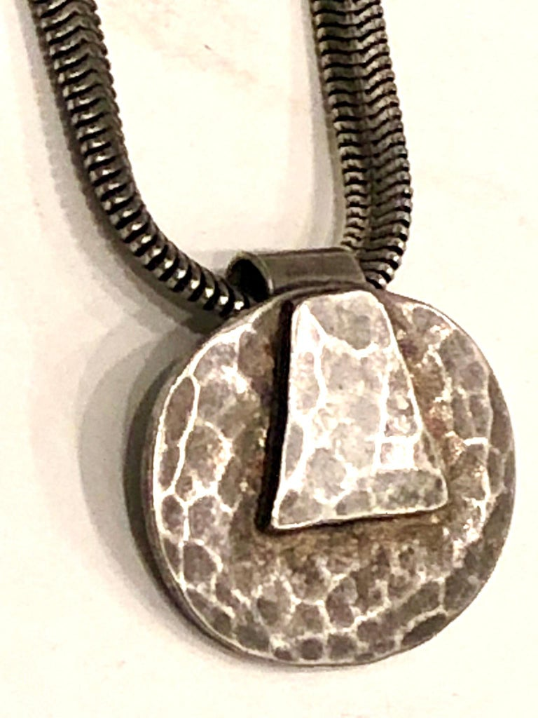 Postmodern Silver Hammered Pendant, Necklace by Marjorie Baer California Design For Sale 1