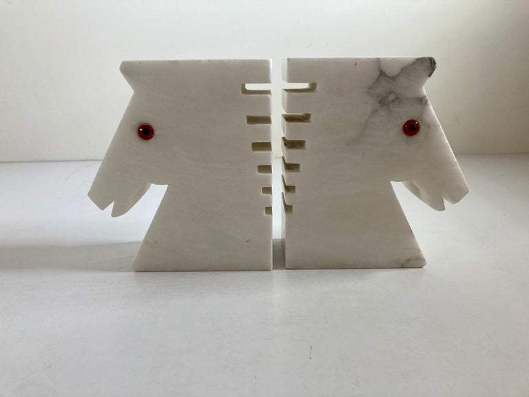 Onyx Postmodern White Alabaster Horse Bust Bookends For Sale