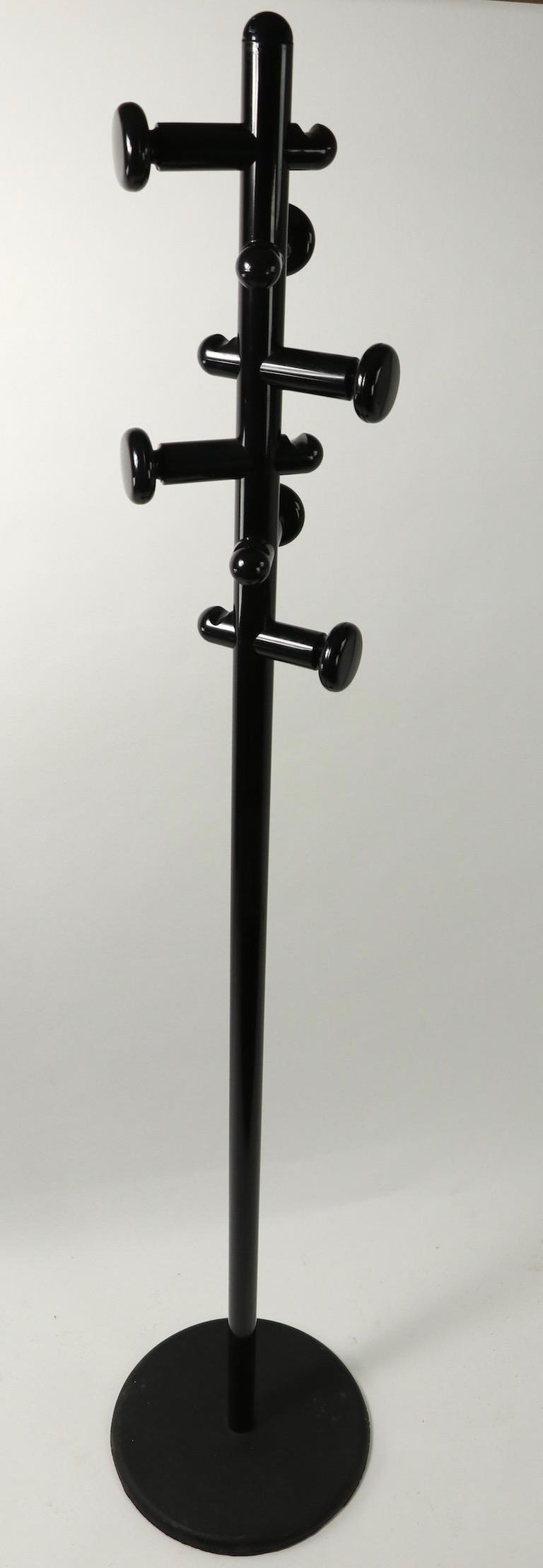 20th Century Post Modernist Italian Black Lacquered Coat Tree Stand For Sale