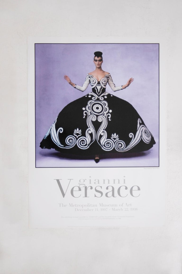 GIANNI Versace. Beautiful and rare Poster of the Metropolitan Museum of Art December 1997-March 1998 of the exhibition on Gianni Versace. The poster depicts a photograph by Irving Penn. Penn's photograph depicts the famous 1987 theatre costume in