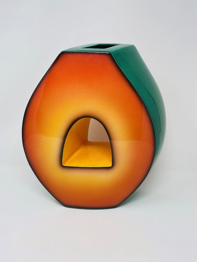 Classic piece in Fred Stodder's style. Stodder's unique pieces are reminiscent of the vibrant Memphis Group (an Italian design group active during the '80s) aesthetic. His pieces are unlike traditional ceramic work-he glides into modernity with