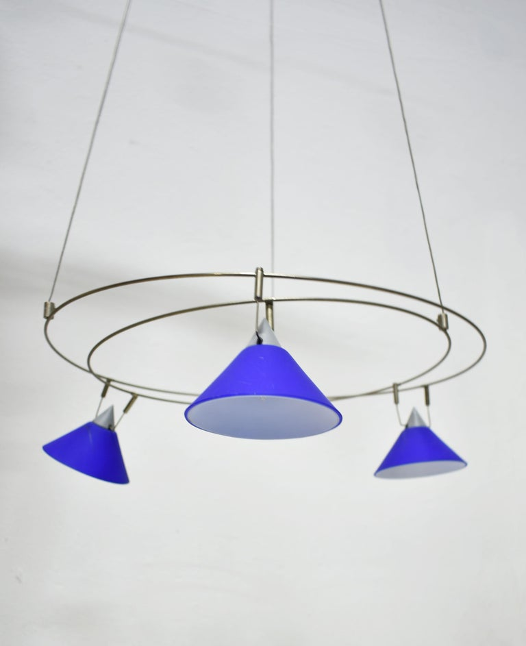 Postmodern Chandelier with 3 Halogen Spotlights in Blue Glass, Germany, 1980s For Sale 1