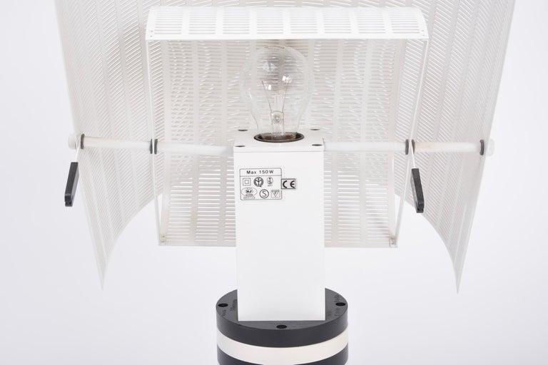 Postmodern Italian Black and White Table Lamp 'Shogun' by Mario Botta for Artemi For Sale 6