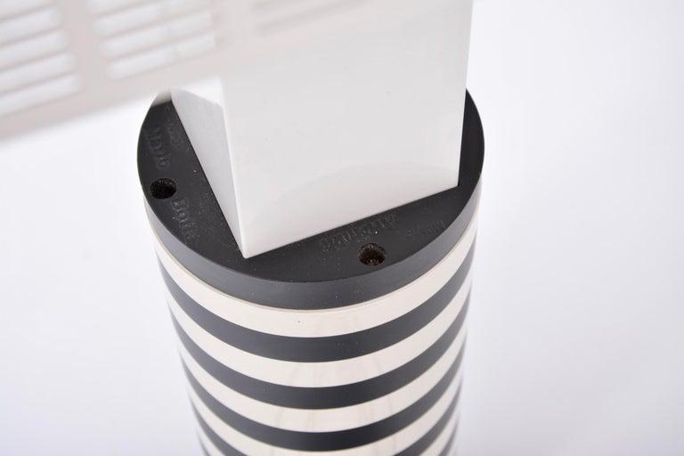 Postmodern Italian Black and White Table Lamp 'Shogun' by Mario Botta for Artemi For Sale 7