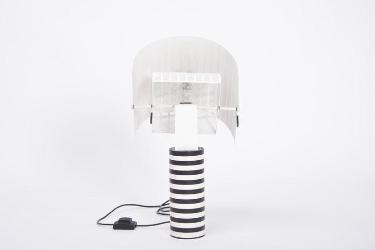 Postmodern Italian Black and White Table Lamp 'Shogun' by Mario Botta for Artemi For Sale 1