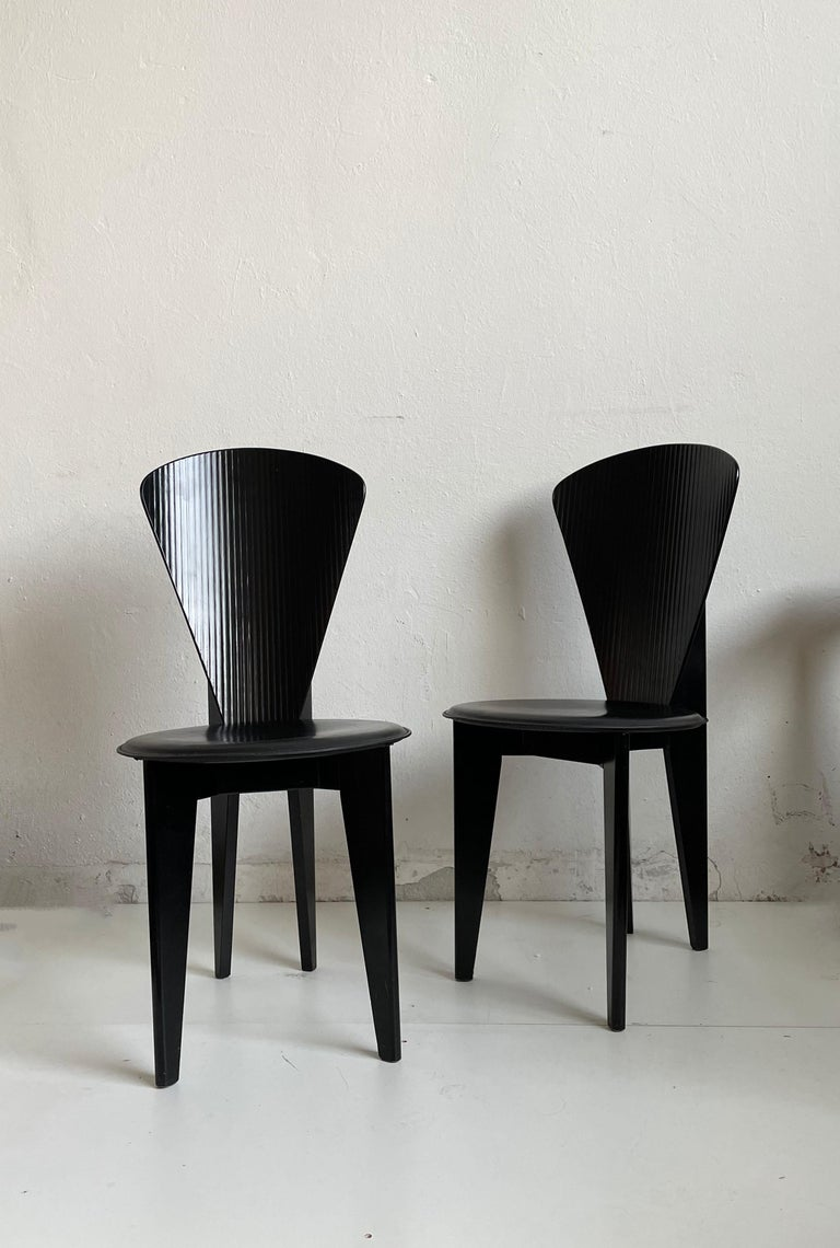 Post-Modern Postmodern Italian Calligaris Dining Chairs, Black Leather and Wood, 1980s For Sale