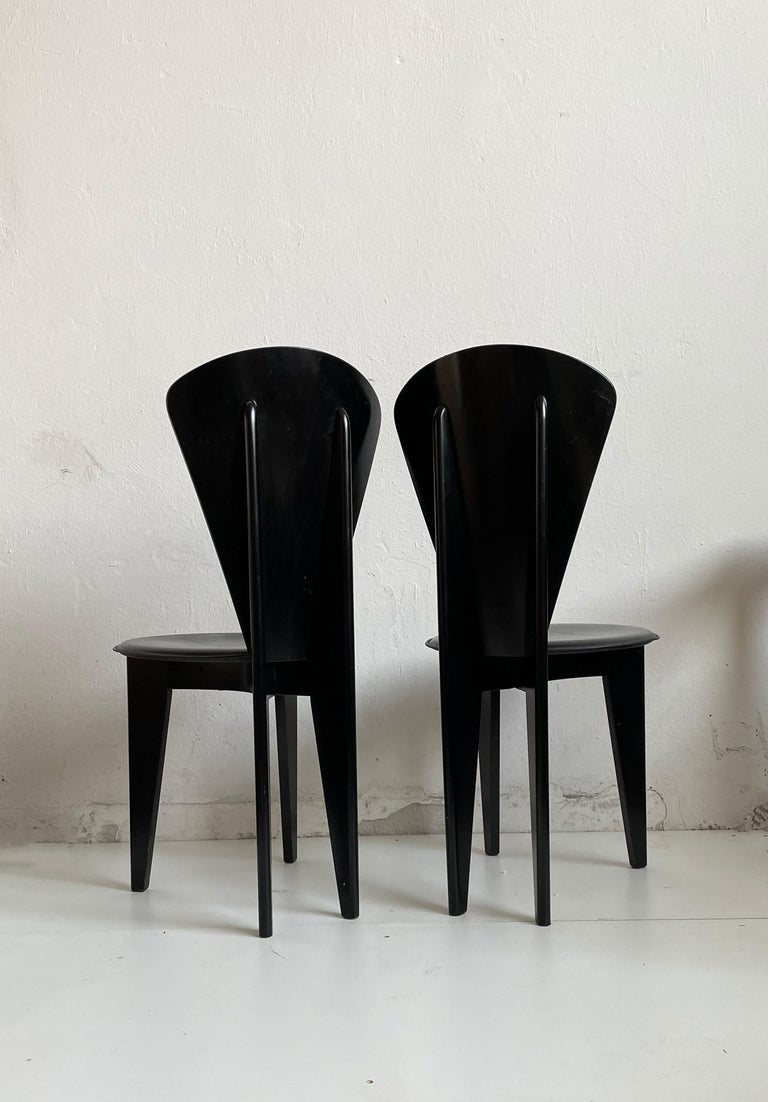 Postmodern Italian Calligaris Dining Chairs, Black Leather and Wood, 1980s In Good Condition For Sale In Zagreb, HR