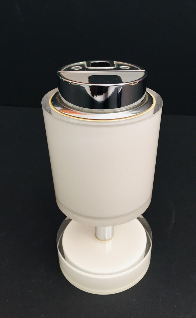 Postmodern Lucite White Table Lighter, Germany For Sale 6