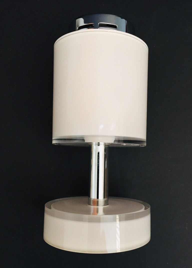 Postmodern Lucite White Table Lighter, Germany For Sale 9