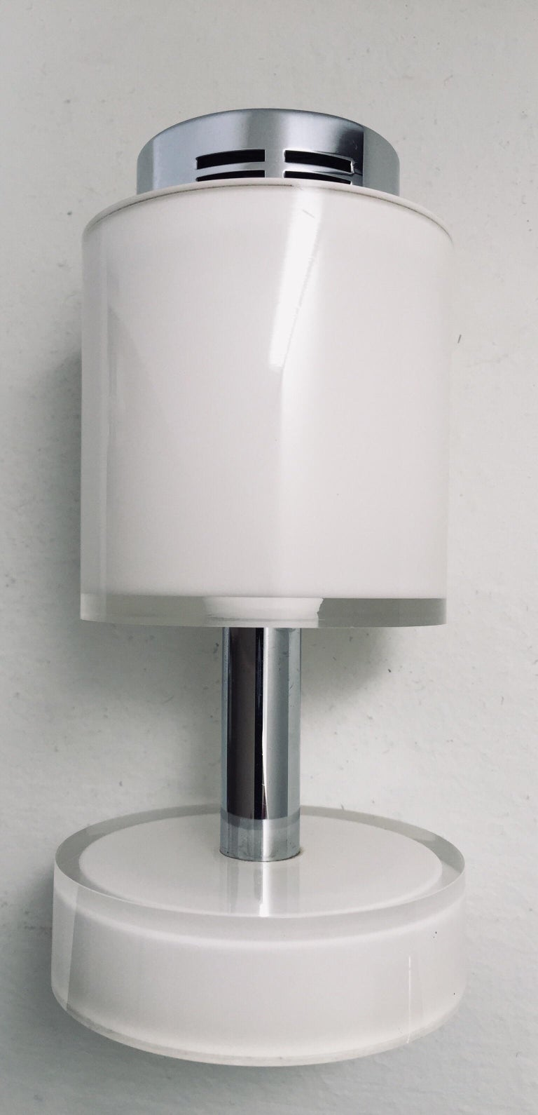 Postmodern Lucite White Table Lighter, Germany In Good Condition For Sale In Los Angeles, CA