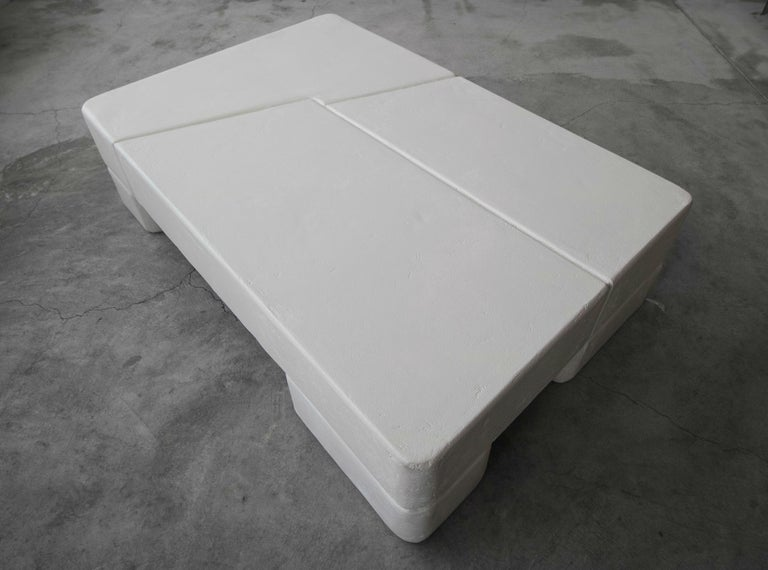 20th Century Postmodern Minimalist Plaster Coffee Table For Sale