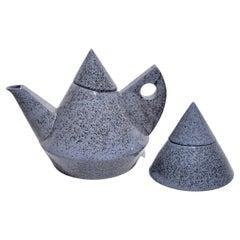 Postmodern Teapot Set in Blue Speckle Pattern