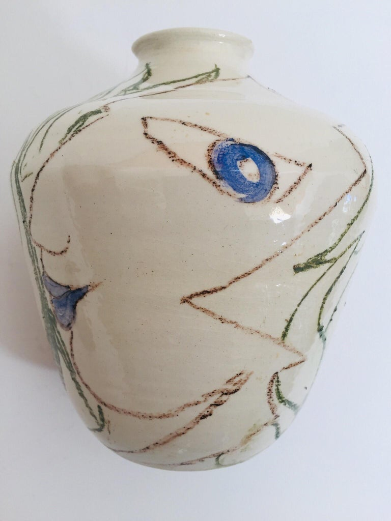 Postmodern Vase with Abstract Head Portraits Figures in Jean Cocteau Style For Sale 1