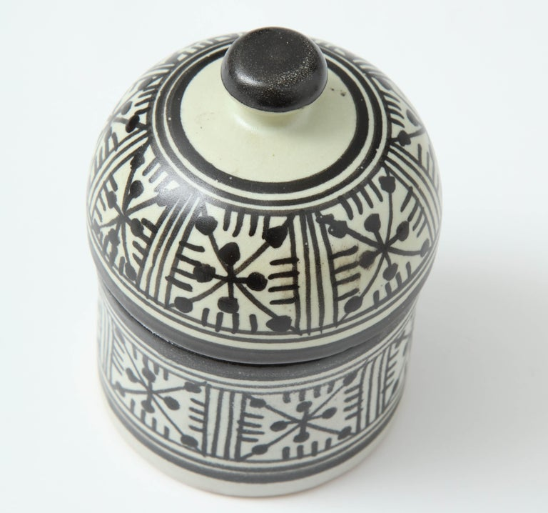 Pottery from Morocco In New Condition For Sale In New York, NY