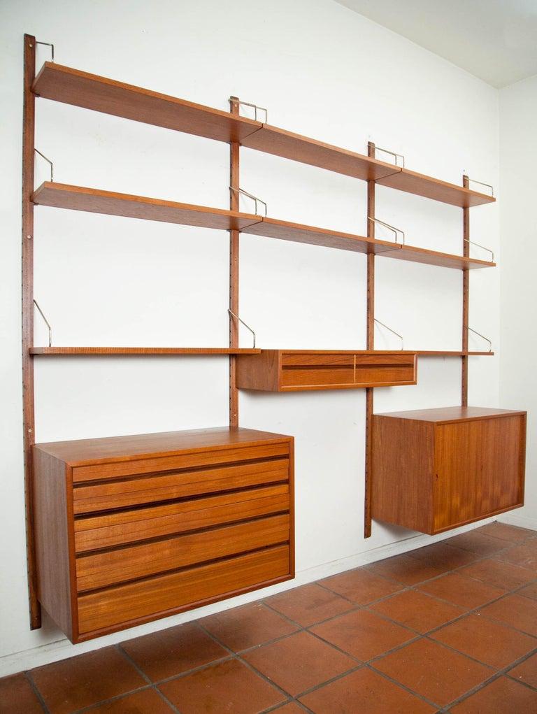 Poul Cadovius, Cado Royal System 3 Bay Teak Modular Wall Unit, Denmark, 1960s For Sale 3