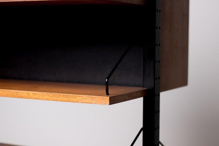 Poul Cadovius Royal System Room Divider with Desk For Sale 4