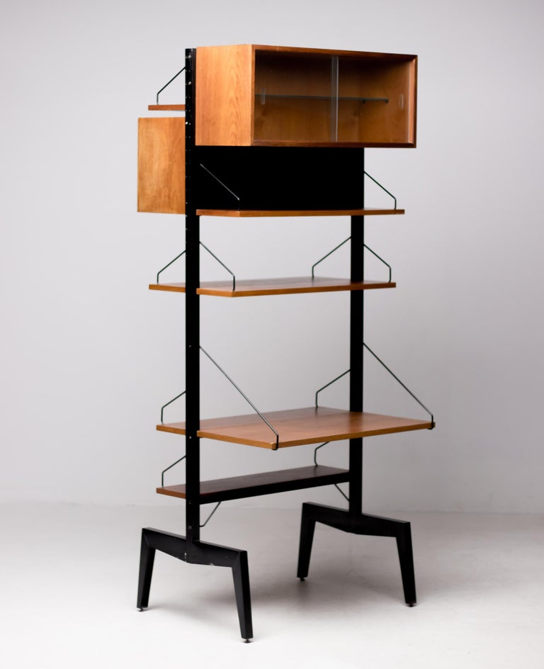 Mid-Century Modern Poul Cadovius Royal System Room Divider with Desk For Sale